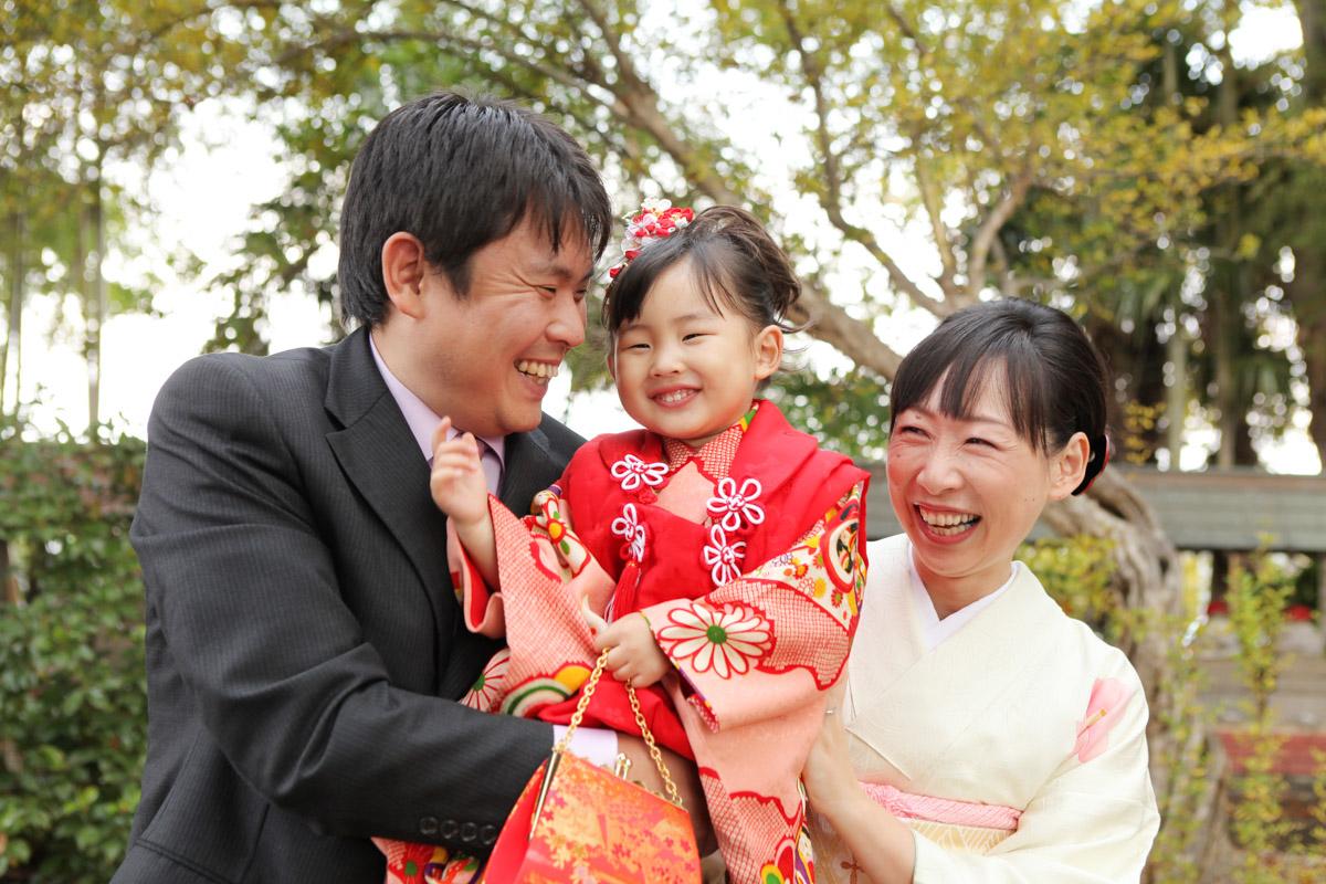着物で家族写真撮影