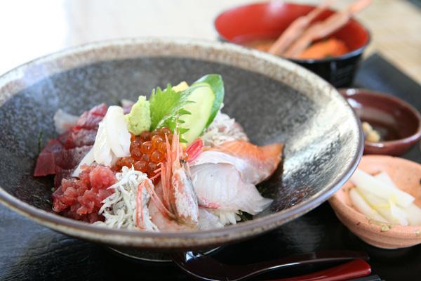 江ノ島の海鮮丼