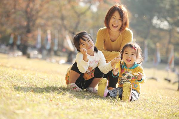 秋色の家族写真