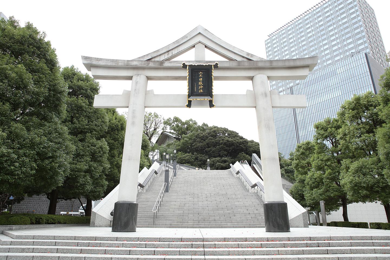 赤坂日枝神社の大鳥居