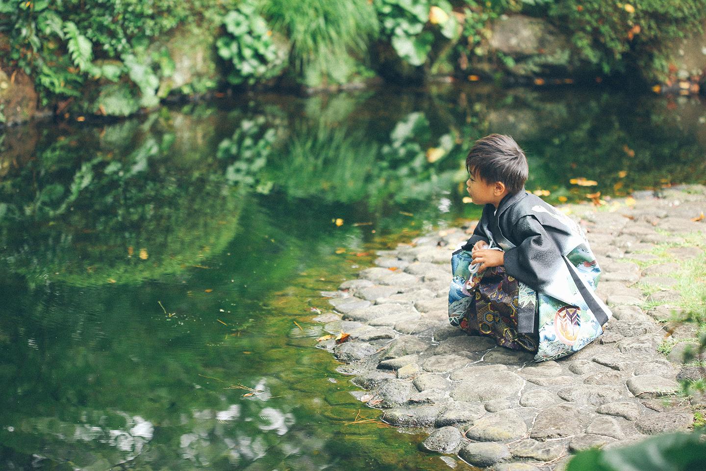 さいたま市の庭園で七五三撮影