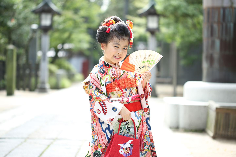 久伊豆神社の境内で七五三を撮影した写真