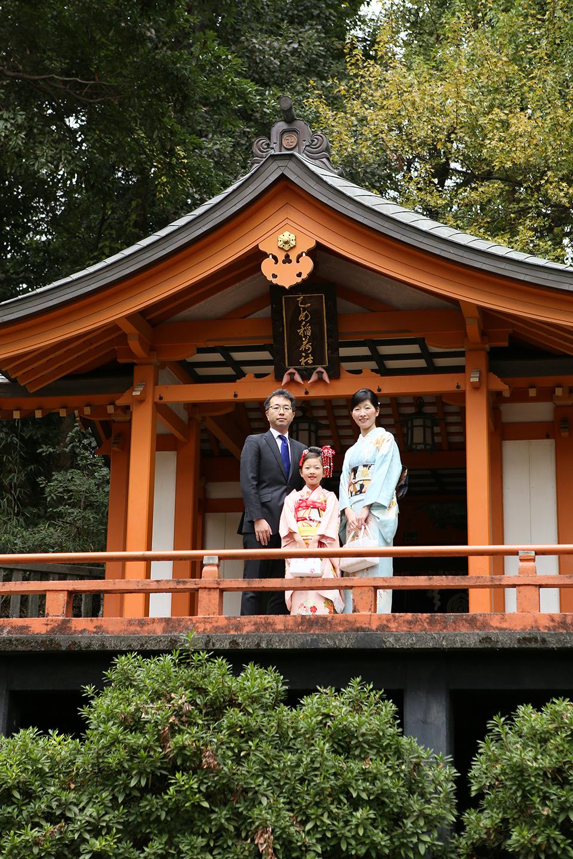 根津神社で家族写真撮影