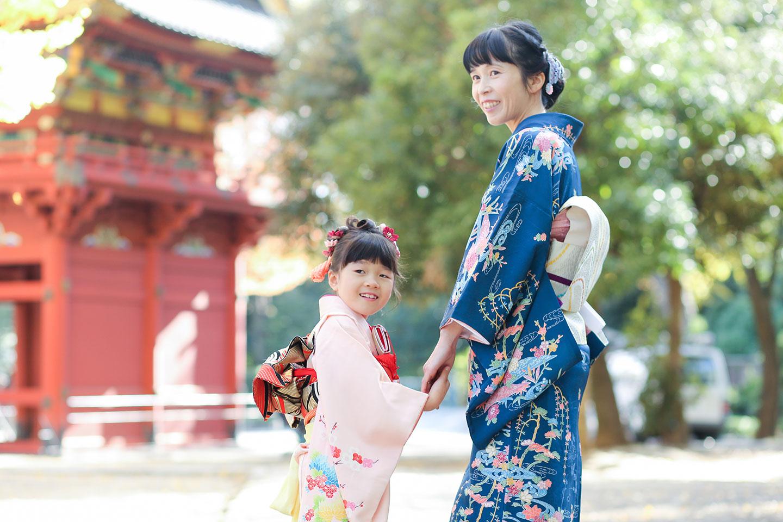 秋の根津神社で七五三の出張撮影