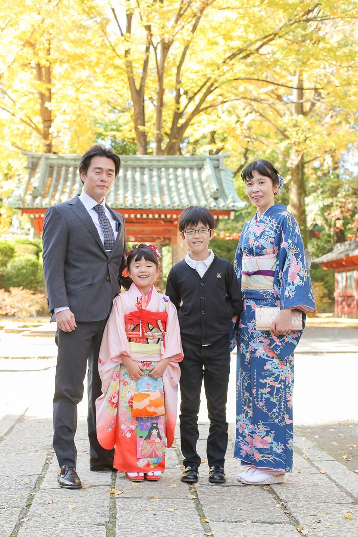 根津神社で七五三撮影