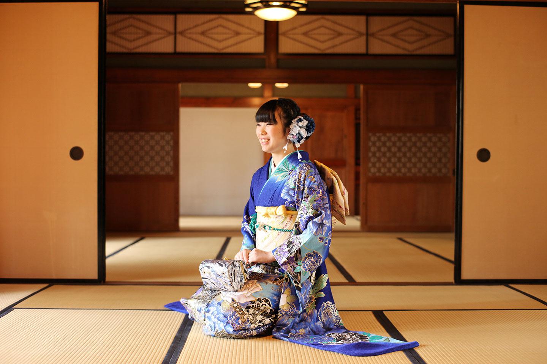 美しい日本庭園で振袖の前撮り