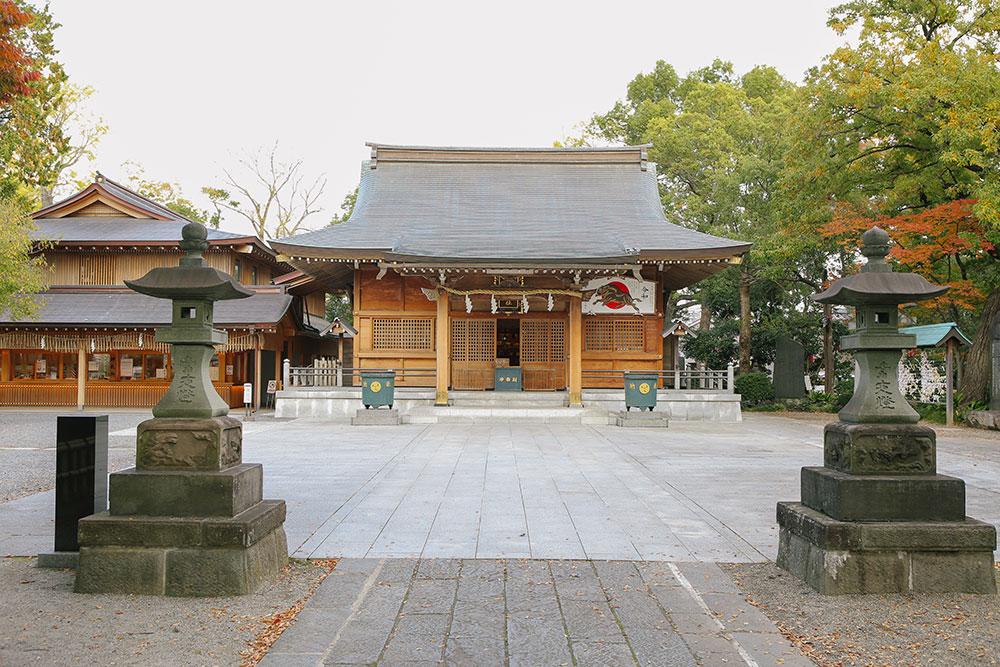和樂備(わらび)神社の社殿、本殿