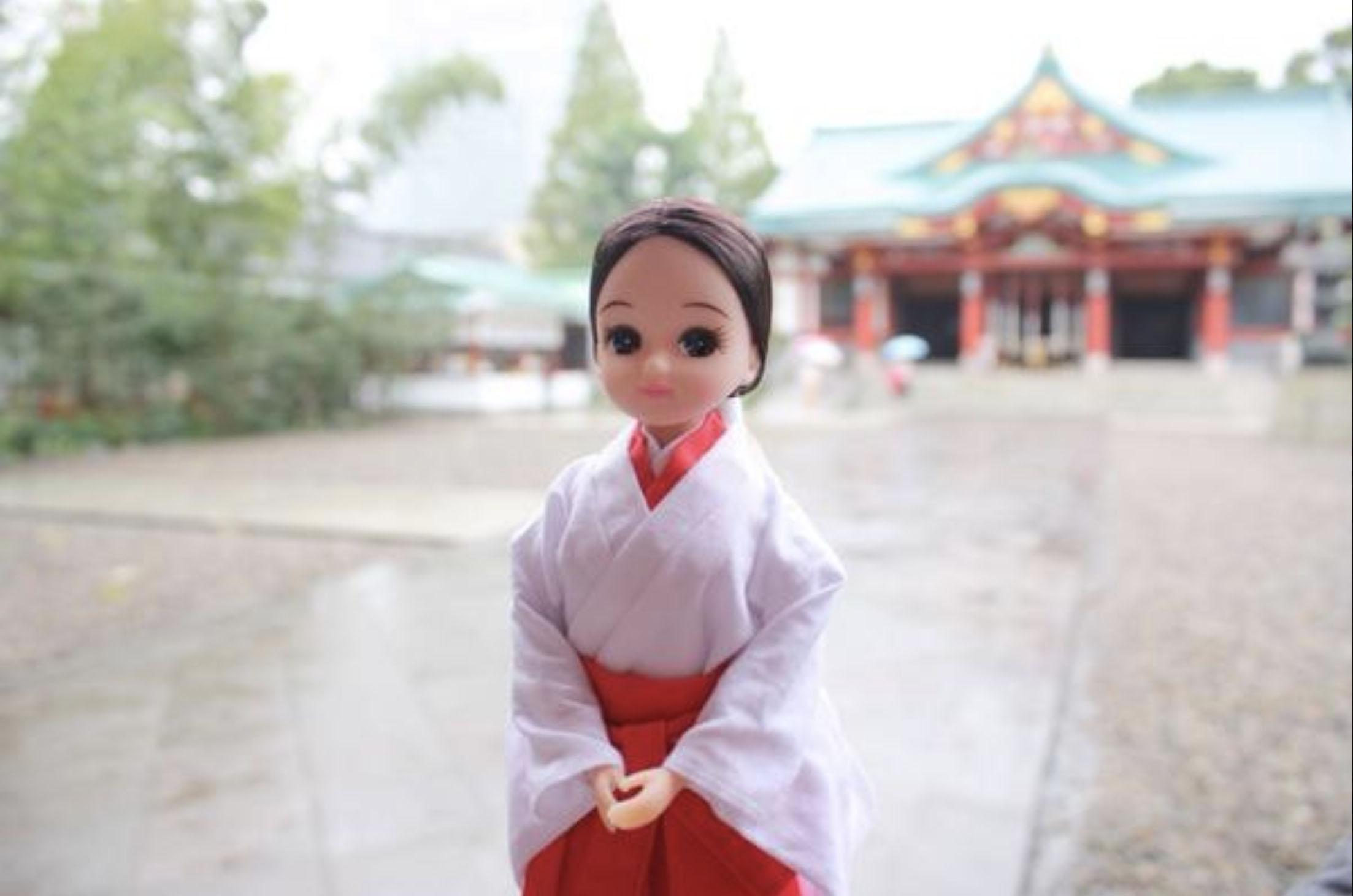 赤坂日枝神社オリジナルのリカちゃん人形