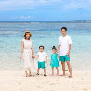 沖縄でロケーションフォト 旅先で家族写真を撮ろう!