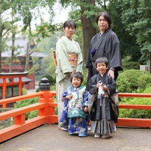 根津神社に出張撮影 / どの程度の雨ならば撮影できる?5歳七五三の撮影例も