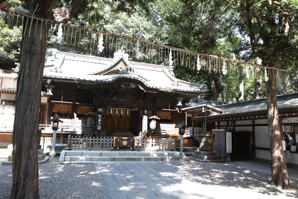 浦和の調神社(つきじんじゃ)