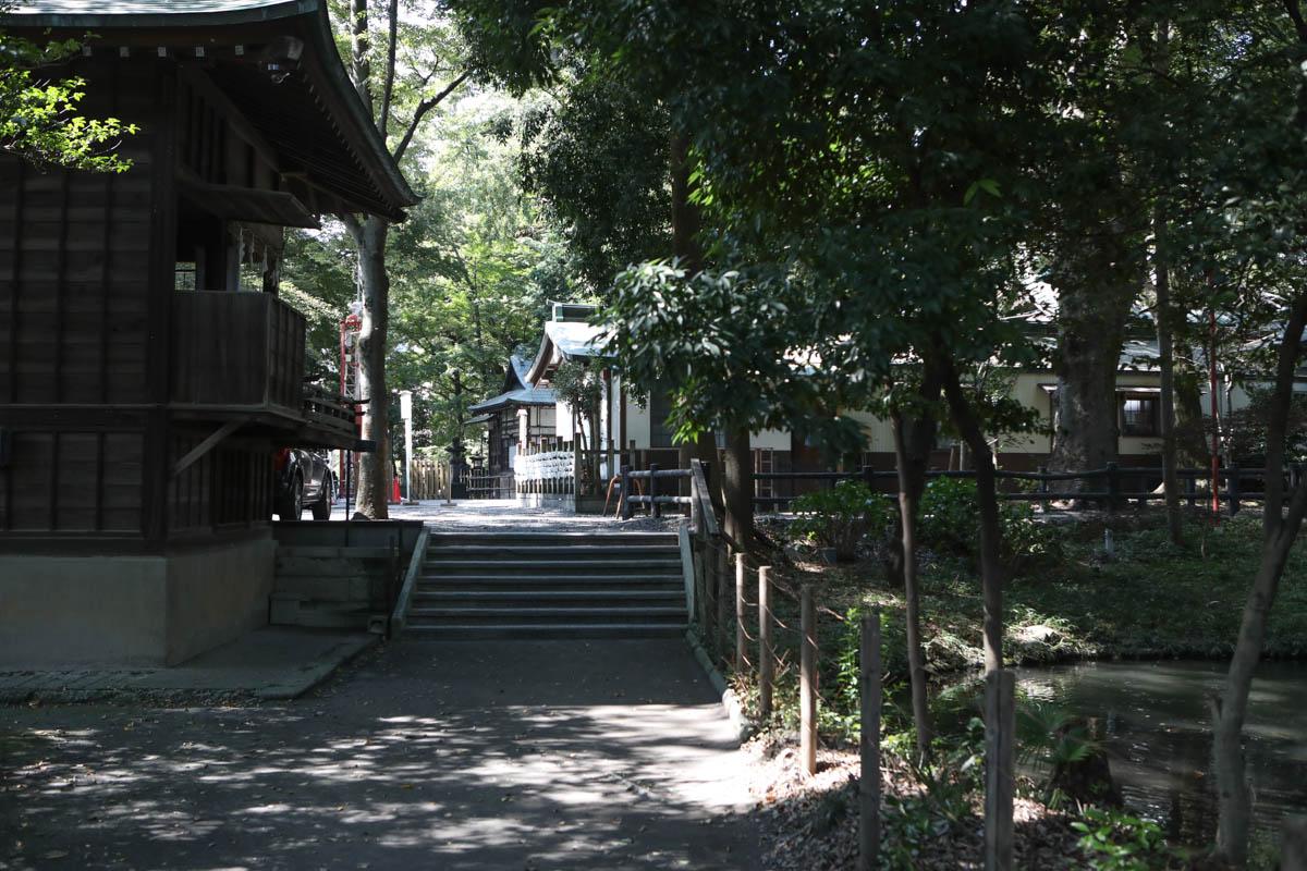 調神社稲荷社 旧本殿までの通路
