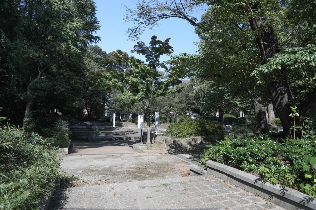 調公園の入口