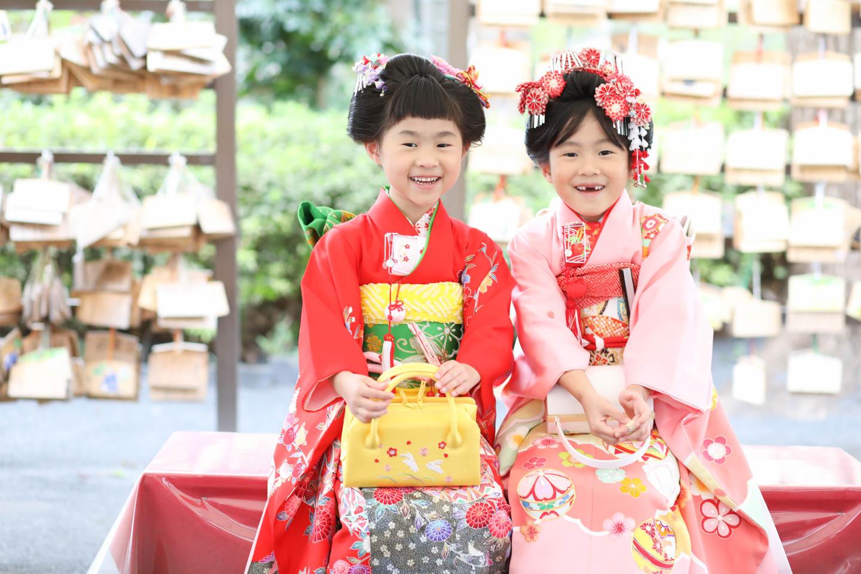松陰神社に出張撮影 東屋で姉妹カット