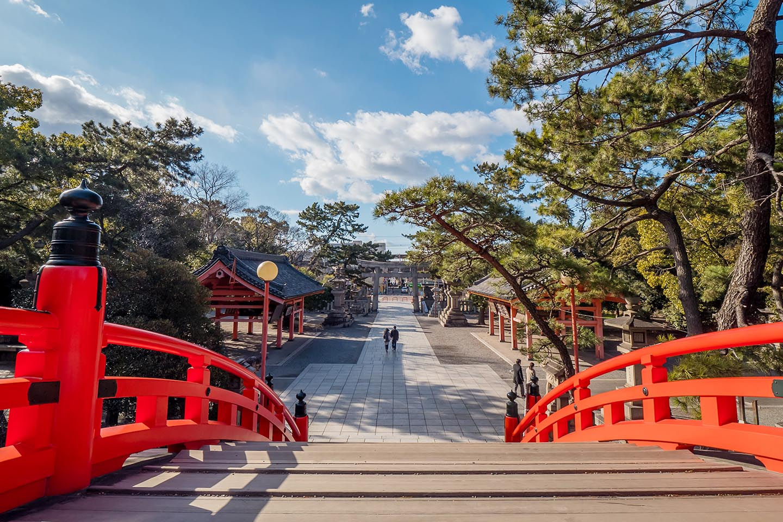 住吉神社の赤い橋 フォトスポット